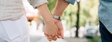 المتزوجون الأكثر سعادة أم العزاب؟؟
