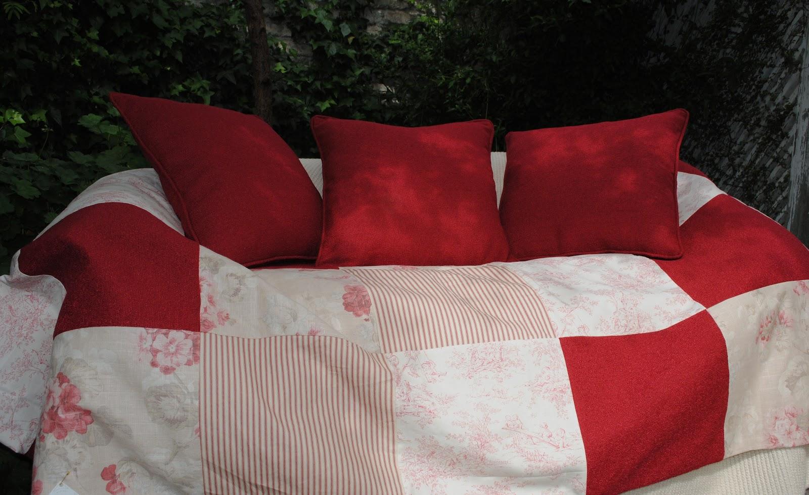 Paz montealegre decoraci n pieceras ropa de cama mantas - Cojines para cama ...