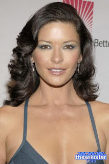 كاثرين زيتا جونز (Catherine Zeta Jones)، ممثلة انجليزية