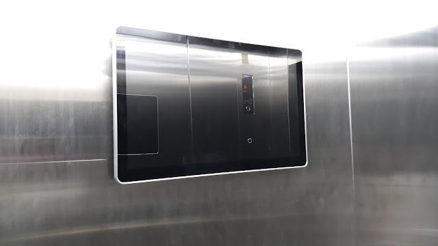 Màn hình quảng cáo trong thang máy với nhiều kích thước, kiểu dáng 3