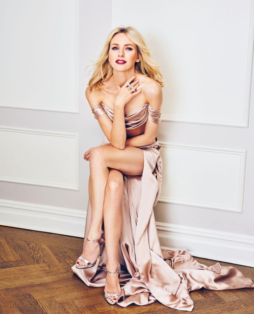 Naomi Watts sexy legs cleavages wow @ Naomi Watts ... Naomi Watts
