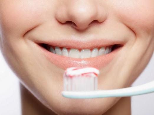 Image result for memilih pasta gigi yang tepat untuk ibu hamil