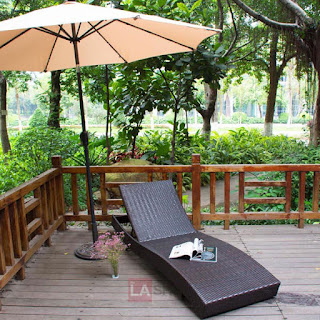 wicker lounge chair for outdoor or pool