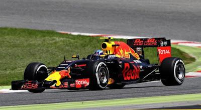 F1: Θρίαμβος και ρεκόρ του 18χρονου Φερστάπεν!