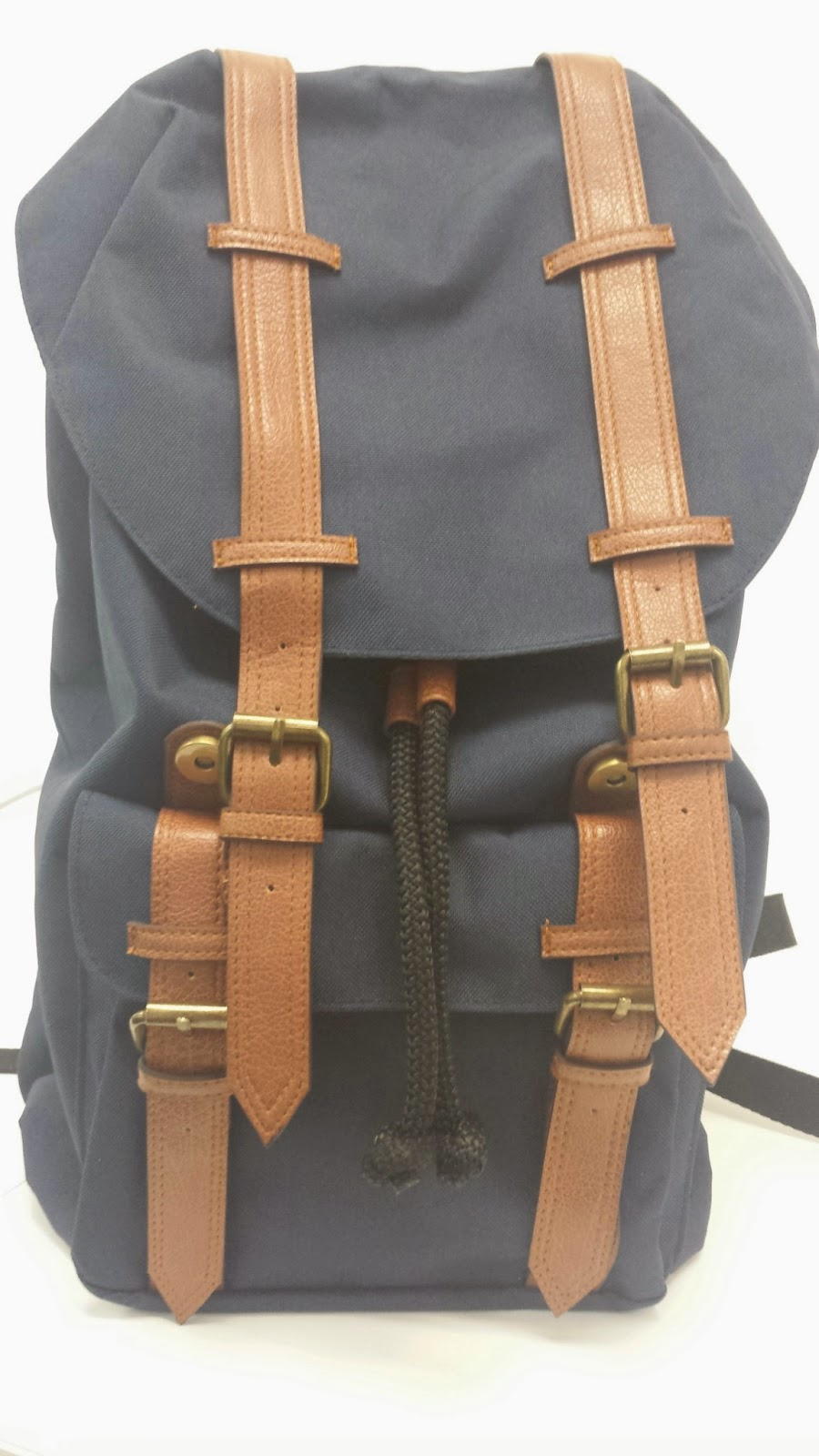9690991c70e It looks similar to a Herschel bag but is waaay cheaper! It only costs  499.75! It s from SM Accessories. I got a green one for my sister and this  blue one ...