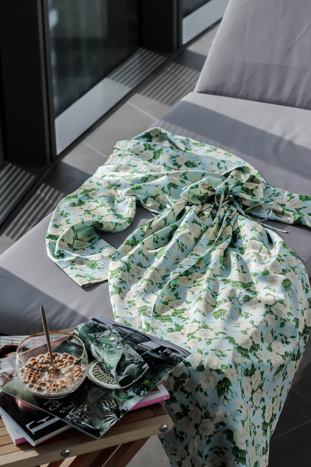 Bonsoir of London Silk Dressing Gown Green Roses