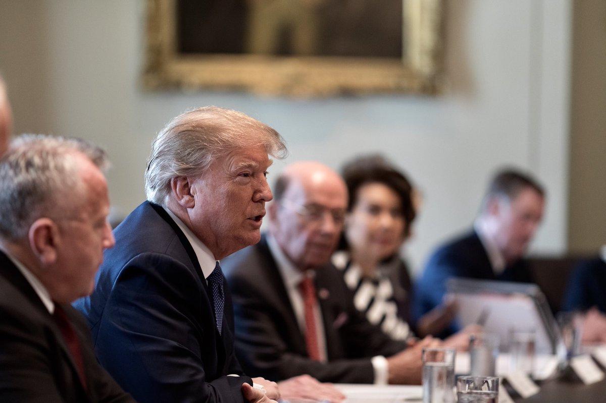 Trump Condemns Disgraceful FBI Raid Of Michael D Cohen's Office