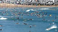 la zurriola donosti surf lleno 01