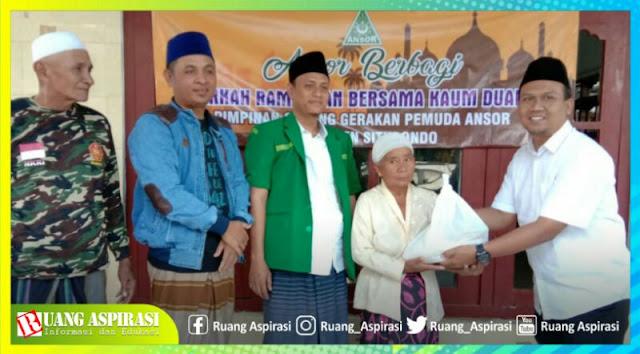 Raih Berkah di Bulan Ramadhan, Ansor Situbondo Berbagi Kepada Kaum Dhuafa'