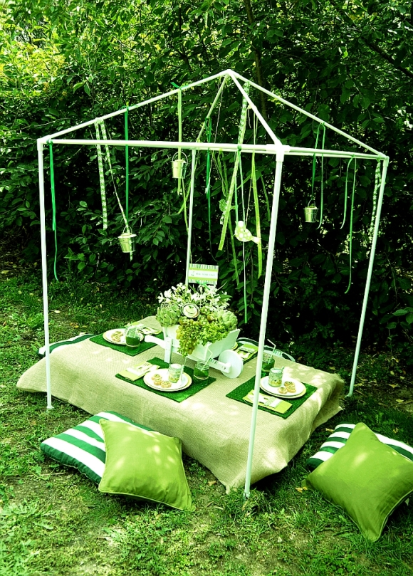 Green Garden Party with FREE Printables - BirdsParty.com