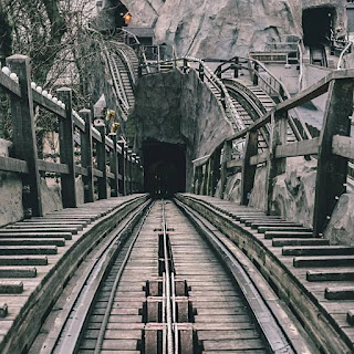 Top 5 Must-Ride Roller Coaster Rides Before You Die