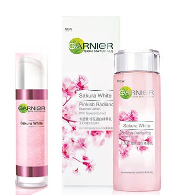 "Deoonard 7 Days Whitening Cream Krim Pemutih Wajah: Review : Garnier Sakura White ""seven Days Challenge"