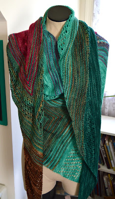 Find Your Fade oversized shawl knit with Knit Picks Hawthorne