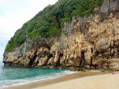 Pantai Tebing lampuuk