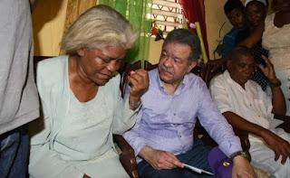 Leonel Fernández caravanea en apoyo a Danilo Medina