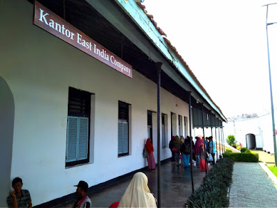Kantor East India Company di benteng marlborough