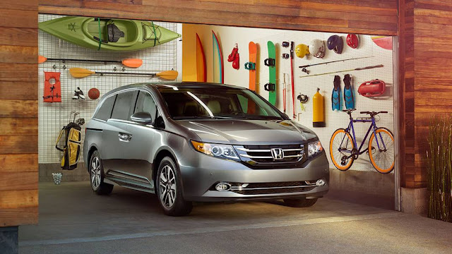 2016 Honda Odyssey silver