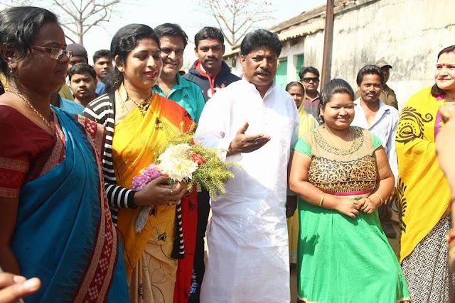 2 Election campaining at pathuri under Bangriposi Constituency by Sudam Marandi, BJD Leader