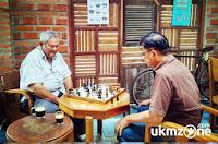 Suasana tempat ngopi di Depok di Idea Coffee