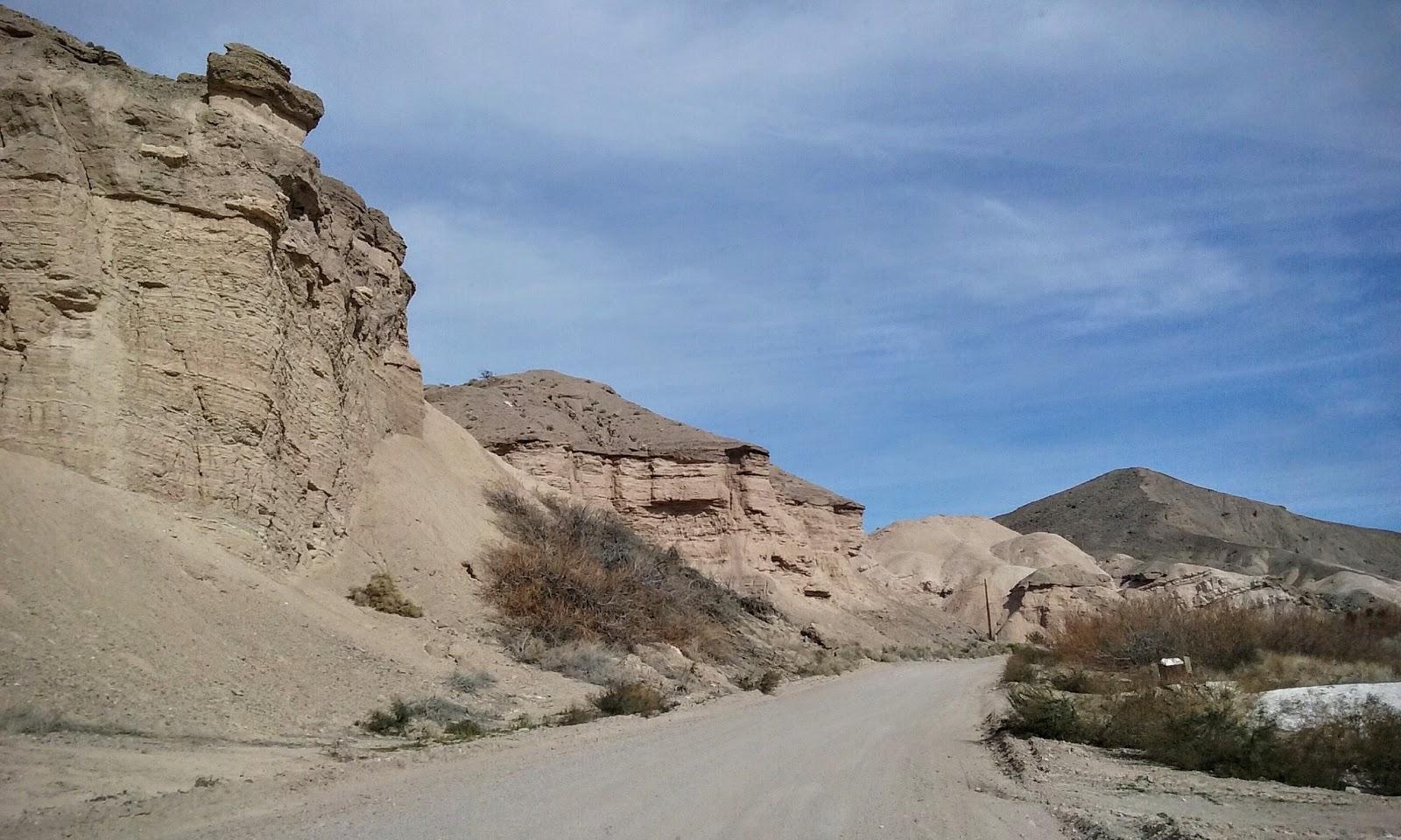 carretera sin pavimentar casi llegando a china ranch