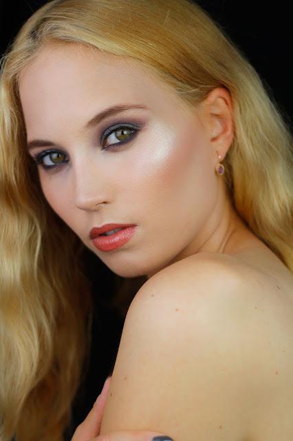 makijaż w fiolecie