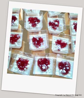 preparazione dolce al cucchiaio