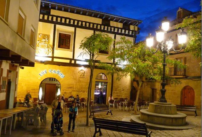 Plaza de la Iglesia, Haro.