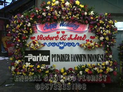 Pesan Karangan Bunga Online Di Surabaya