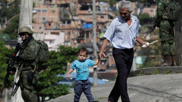 Movimientos sociales de Brasil rechazan intervención militar