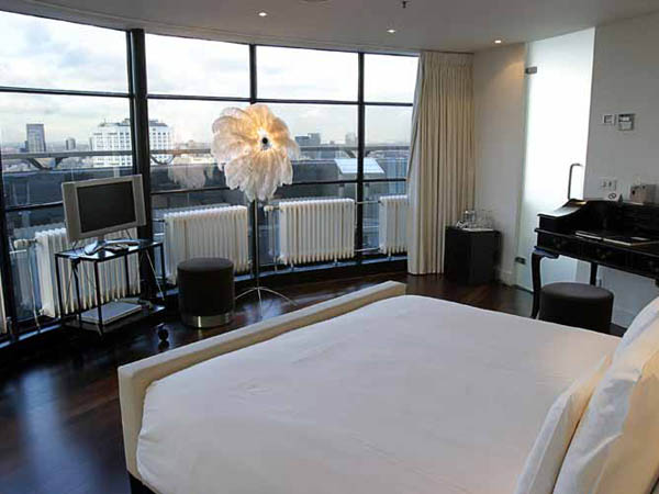 Suites en el hotel Euromast la torre mas alta de Holanda y Rotterdam