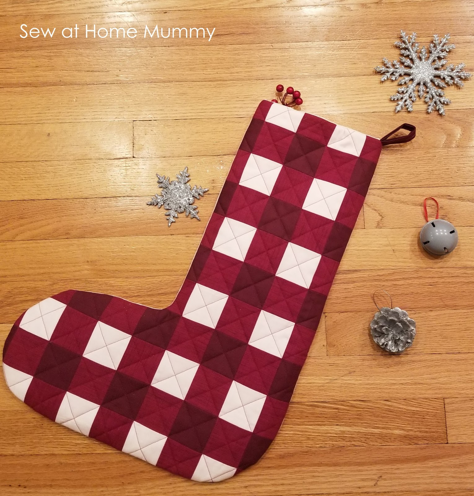 free fat quarter friendly jumbo buffalo plaid stocking tutorial from sew at home mummy