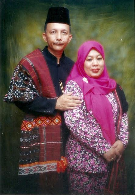 Batak People: Moslem Batak Clothes (Pakaian Batak Muslim)
