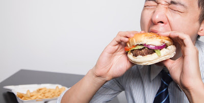 How a High-Fat Diet Is Wrecking Your Brain