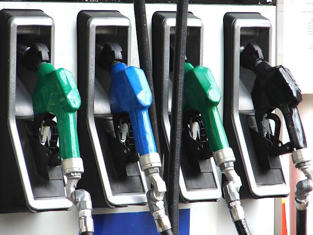 Benzin fiyatı zamlandı!