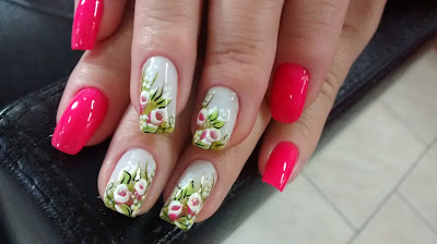 unhas em tons de rosa ver decoração de unhas