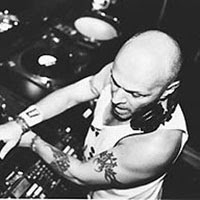 REAL LIVE DJ JUNIOR VASQUEZ SET @ TUNNEL 1996