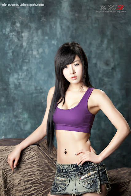 21 Hwang Mi Hee-Purple Sport Bra-very cute asian girl-girlcute4u.blogspot.com