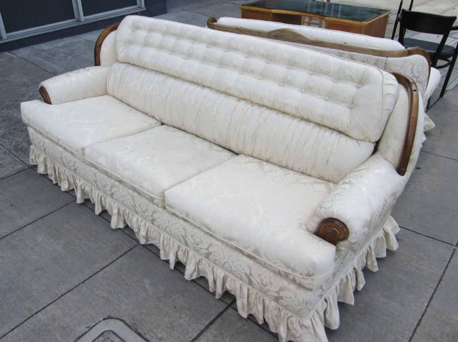 Early American Style Sofas Sofa Chair Toronto Uhuru Furniture Collectibles Sold Sleeper 95