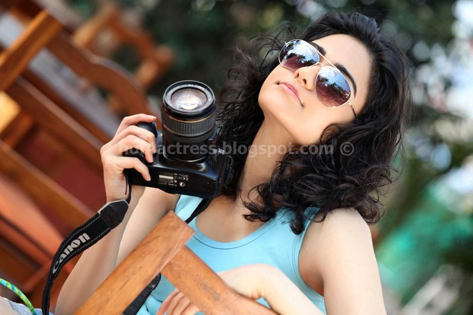 Adah sharma latest hot photos