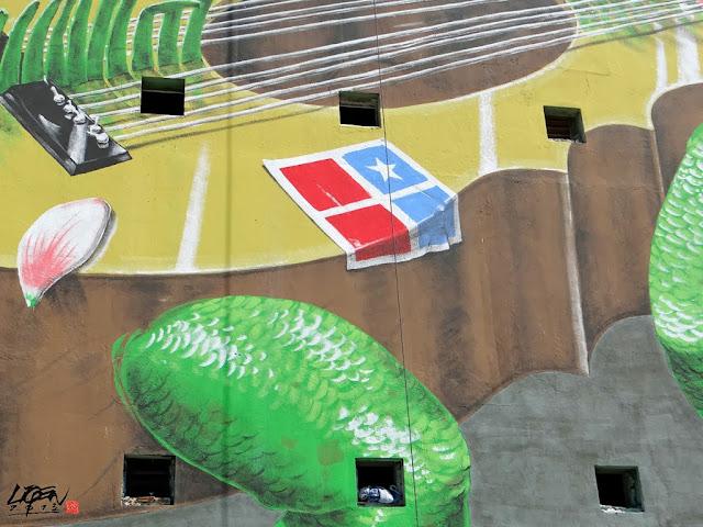 """Iguana Cuatro"" New Street Art Mural By Liqen For Los Muros Hablan 2013 in San Juan, Puerto Rico. 5"