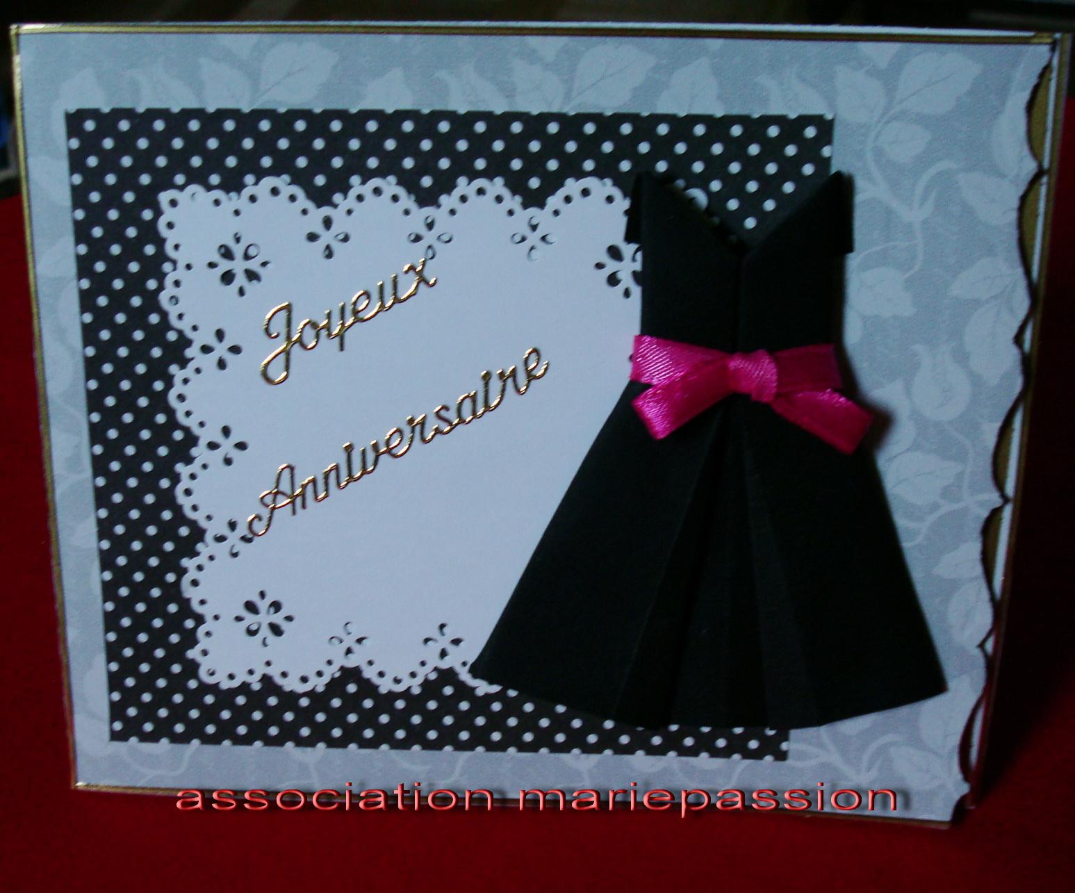 Association mariepassion une petite robe noire en origami - Robe en origami ...