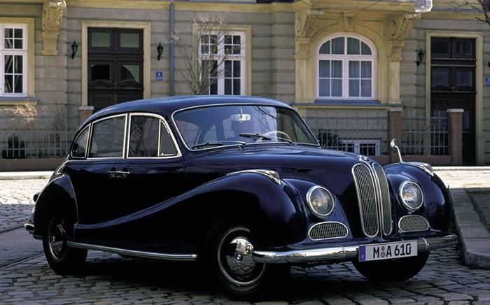 Первый автомобиль в истории BMW