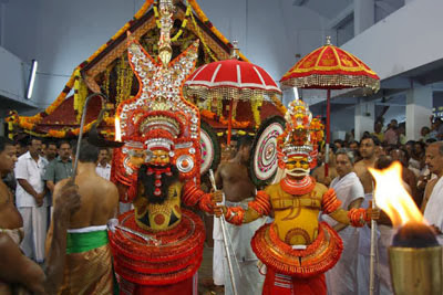 parassini muthappan, parassinikadavu muthappan temple address, parassinikadavu sri muthappan temple, muthappan temple kerala, parassinikadavu muthappan temple pooja timings, parassinikadavu muthappan story, hotels near parassinikadavu muthappan temple, parassinikadavu snake park