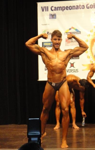 Performance de Rafael Mazzali no VII Campeonato de Musculação Atlética Goiás 2012