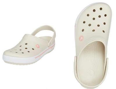 Zuecos de Crocs para mujer en color beige