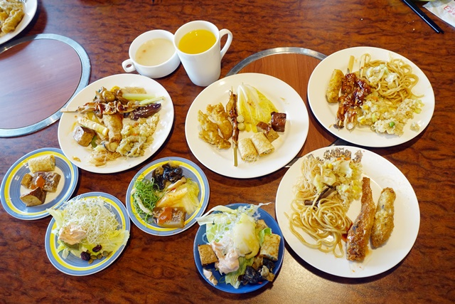 百食繪素食吃到飽自助餐廳~桃園大溪歡樂夢想國