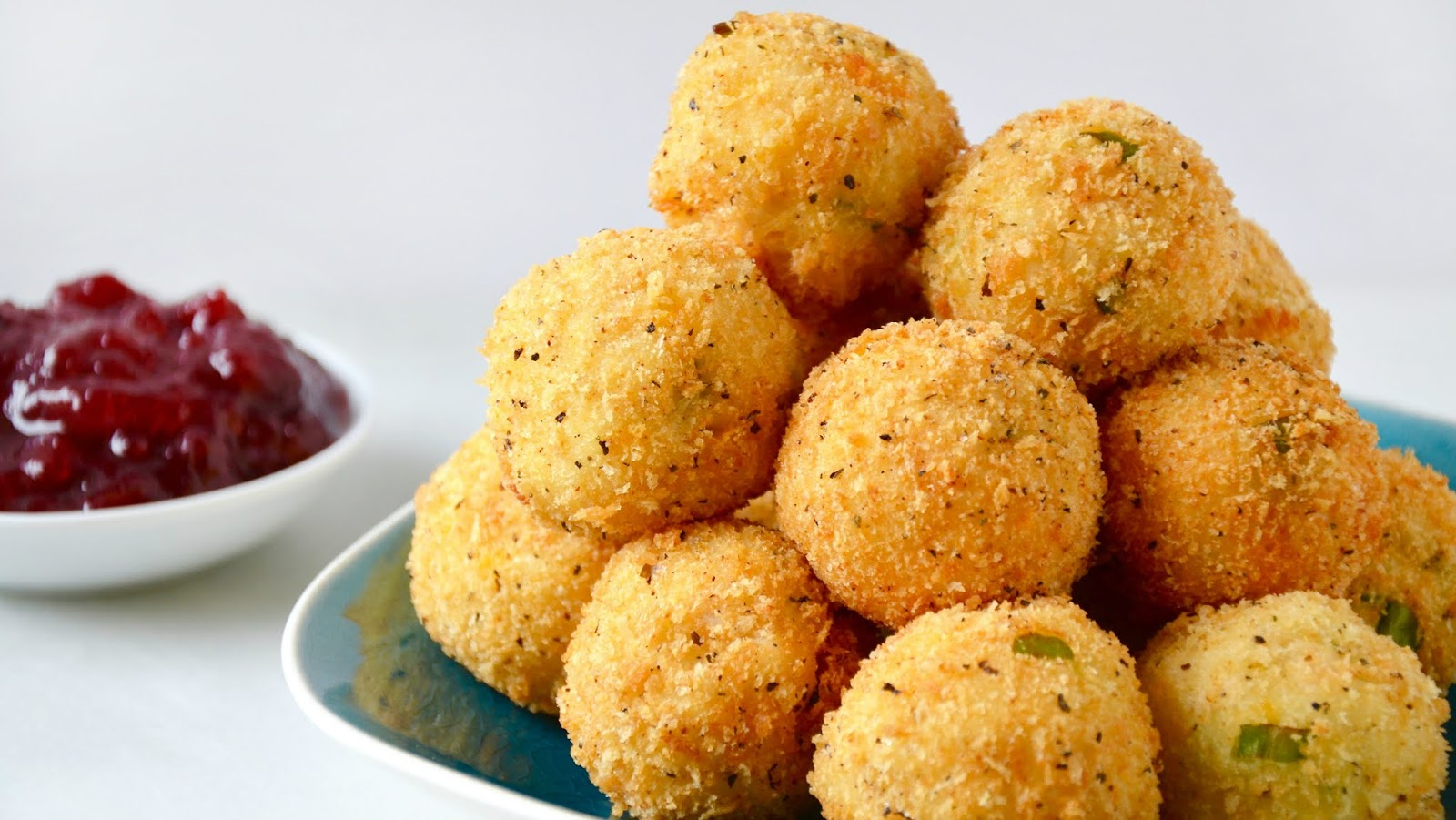 Mashed Potato Cheese Bites #vegetarian #vegan