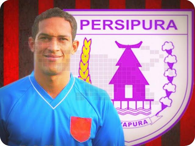 Addison Alves de Olivera Siap Temani Boas Solossa di Liga 1