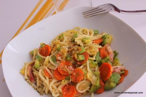 Espaguetis Con Verduras Y Queso Sin Lactosa