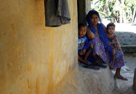 Rohingya Blogger: Bangladesh firm on Rohingya relocation